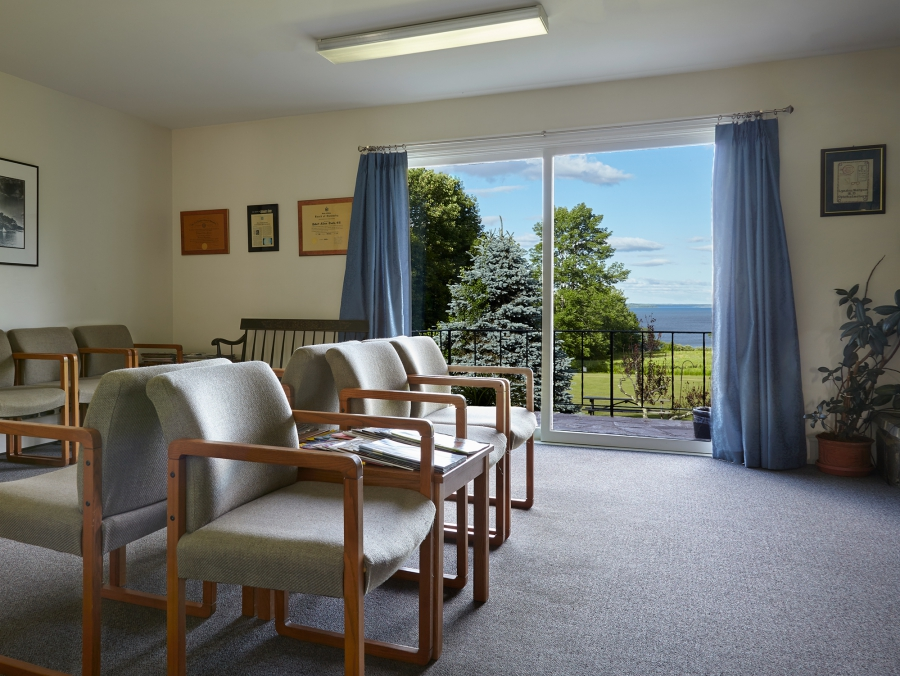 Mid Coast Vision Care Waiting Room Belfast Maine
